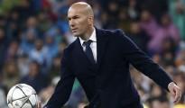 Zidane dau dau cho viec lua chon cau thu
