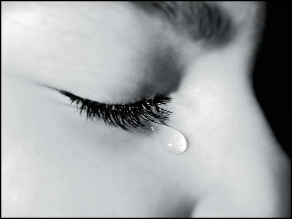 mơ-thấy-mình-khóc