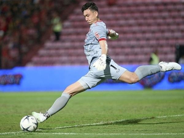 Tin bóng đá 5/8: Văn Lâm nối dài mạch thắng cùng Muangthong United