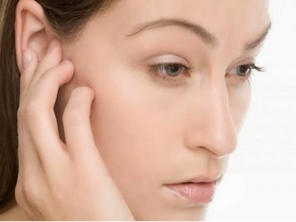 Giải mã điềm báo khi bị ngứa tai trái