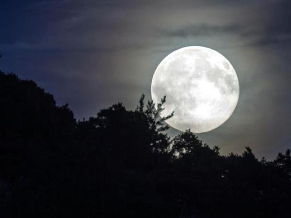 Mơ thấy mặt trăng là điềm lành hay dữ?